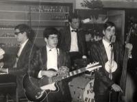 1962 - 00 - La preistoria de Gli Apostoli : i Four Ribots